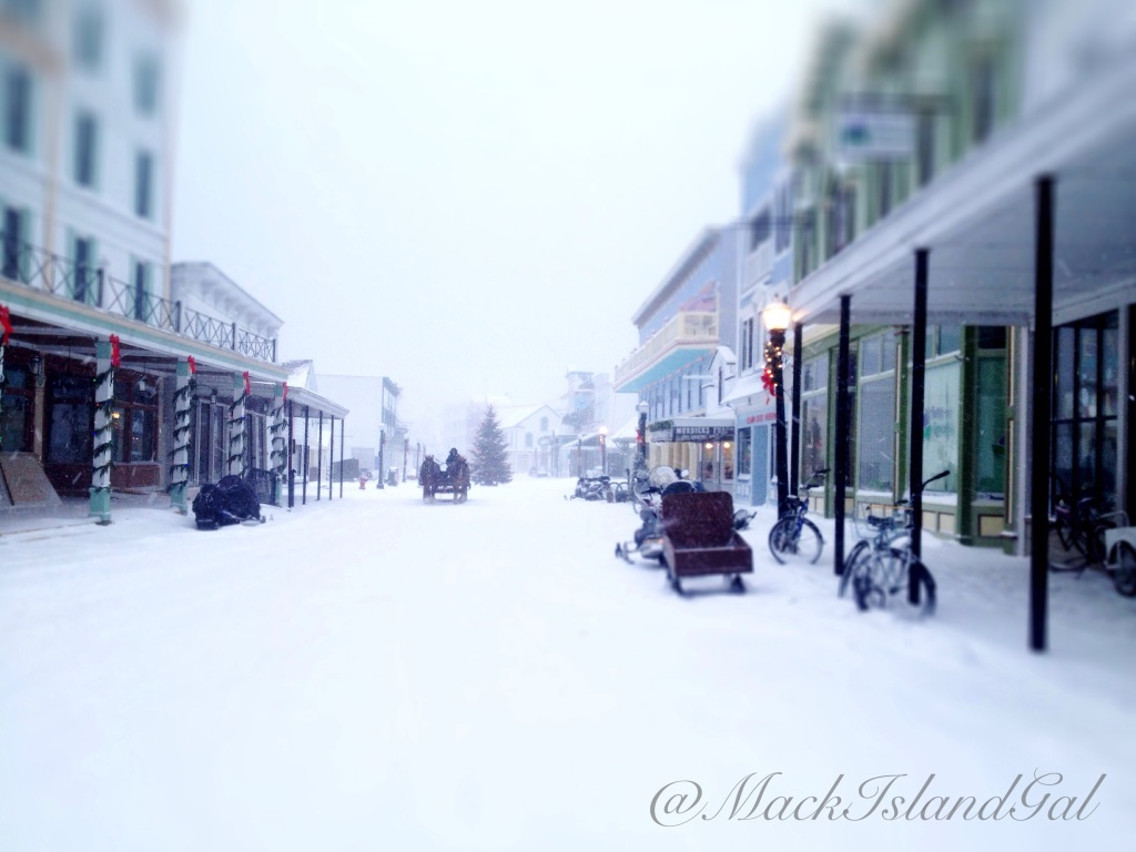 mackinac-island-blog-christmas-tree