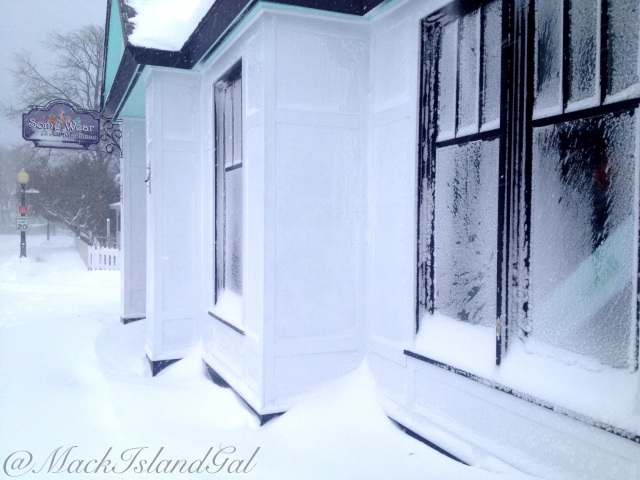 mackinac-island-blog-snowstorm