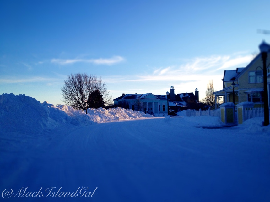 The snow by the Mackinac Island Public Library