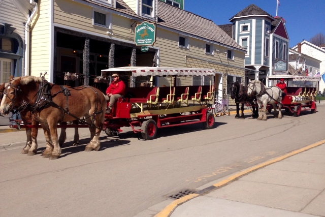 mackinac-island-fudge-3